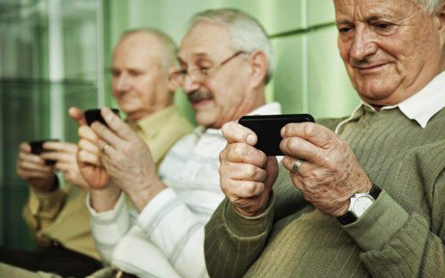 millainen matkapuhelin vanhukselle